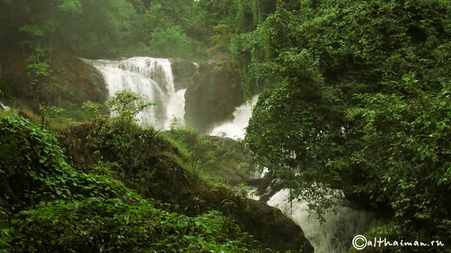 THAM PLA-PHA SUEA NAMTOK  NATIONAL PARK PA SUA WATERFALL MAE HONG SON NORTH THAILAND_СЕВЕРНЫЙ ТАИЛАНД ВОДОПАД ПА СЫА СУА МАЕ ХОНГ СОН ПЕЩЕРА РЫБ НАЦИОНАЛЬНЫЙ ПАРК