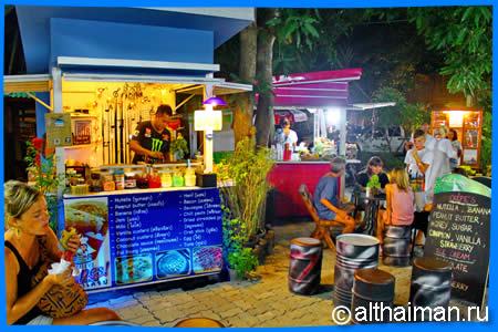 Dessert kiosks, Food Stalls, crepes, drinks, snacks, coffee, shakes
