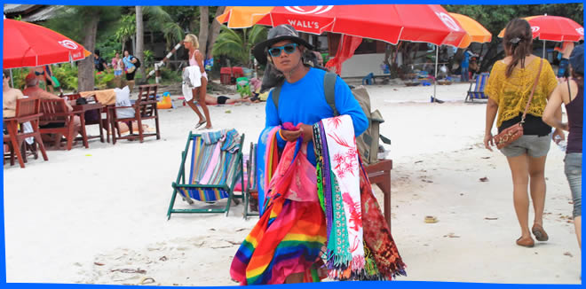 Koh Samet Shopping - beach vendors